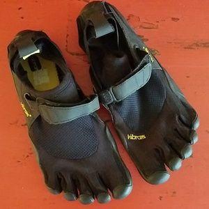 Vibram Five Fingers Toe Water Shoes Women's 38/8